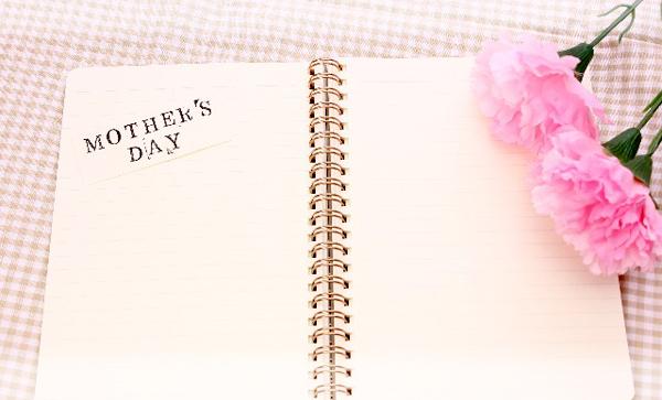 母の日,ギフト,ジュエリー,贈り物,ピアス,ネックレス,リング,ブレス,喜ぶ,