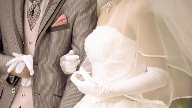 結婚式を挙げるなら、いつ頃がベスト?人気シーズンは?