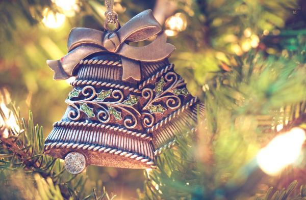 【2017クリスマス】彼女にネックレスをプレゼントするなら、ピンクゴールド?シルバー?
