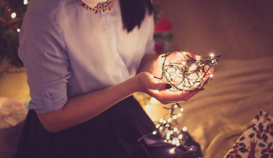 クリスマス限定ジュエリー2017予約や購入方法は?