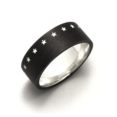 THIRTEEN STAR RING