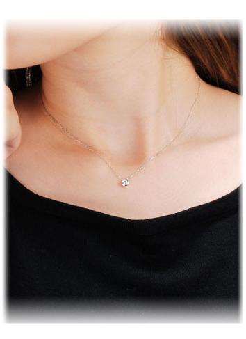プレゼントに最適ダイヤモンドネックレス